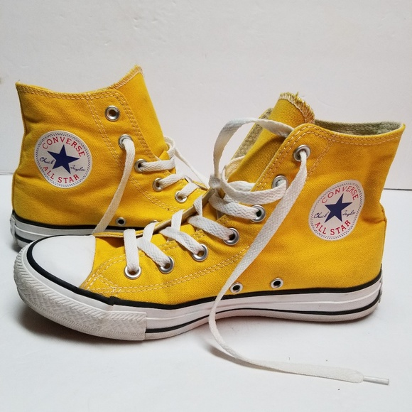 e93b59cd5f22 Converse Other - Converse yellow